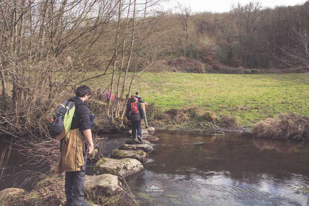 cruzando rio en castro candaz